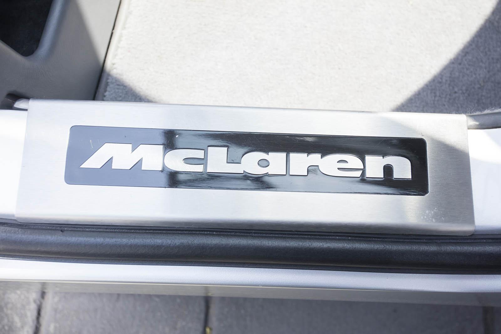 1995 McLaren F1 68 copy