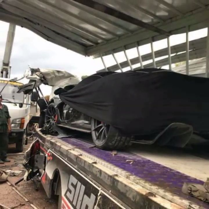 McLaren-P1-Cambodia-Crash-10