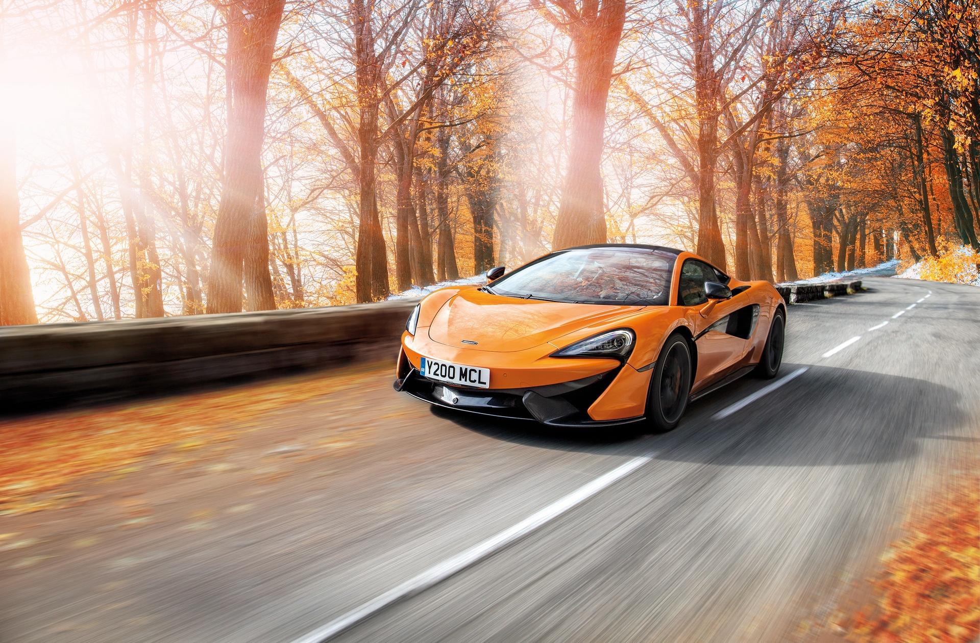 McLaren_Pirelli_winter_0001