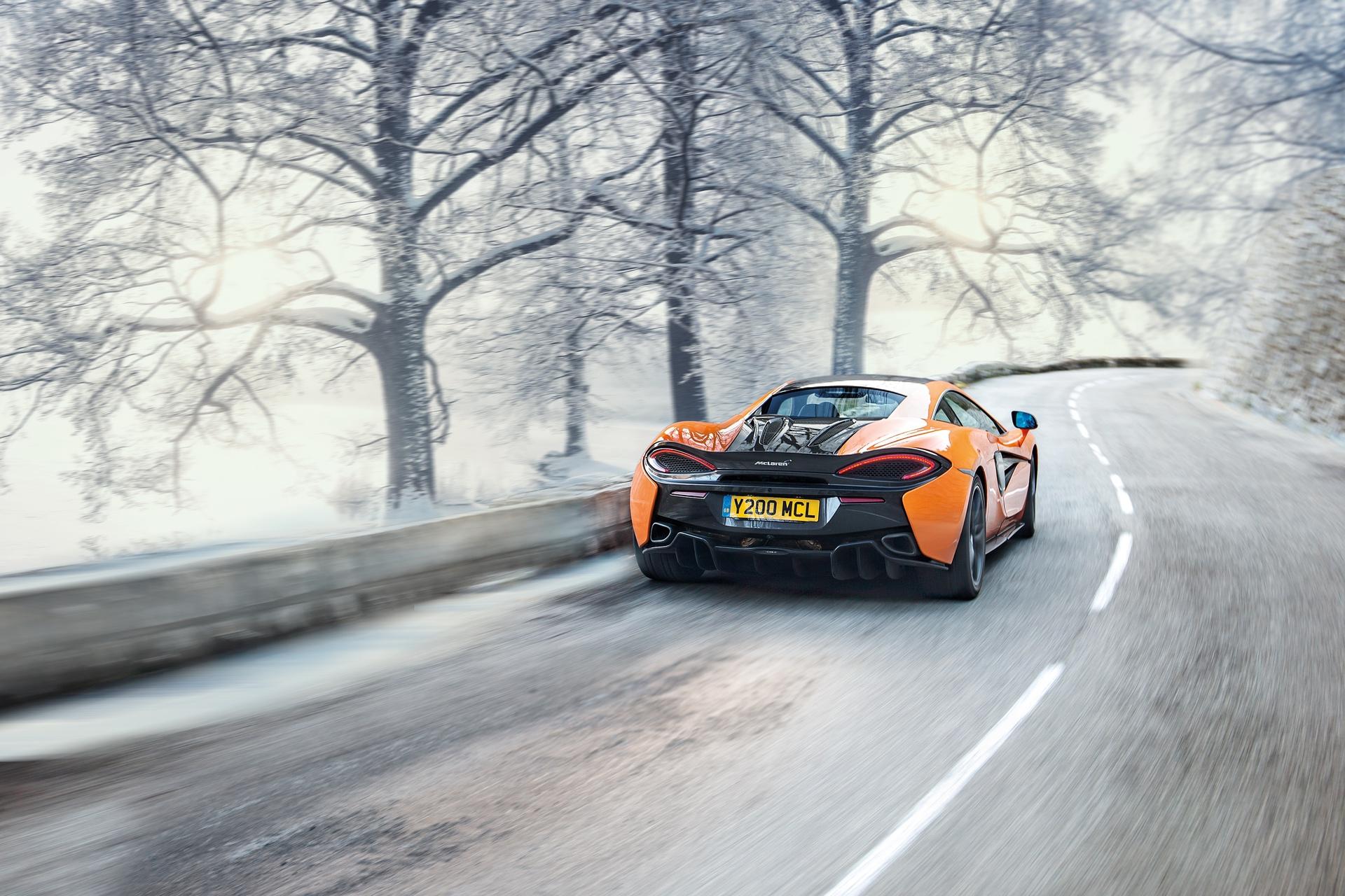 McLaren_Pirelli_winter_0002