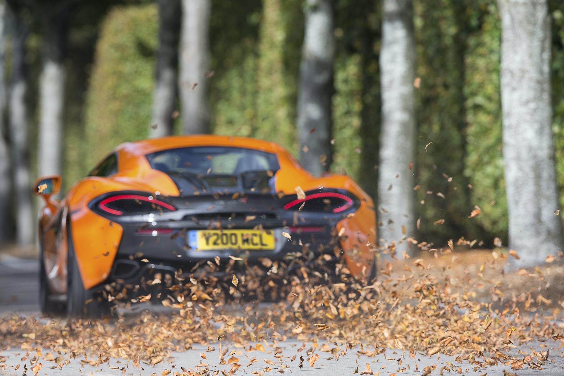 McLaren_Pirelli_winter_0006
