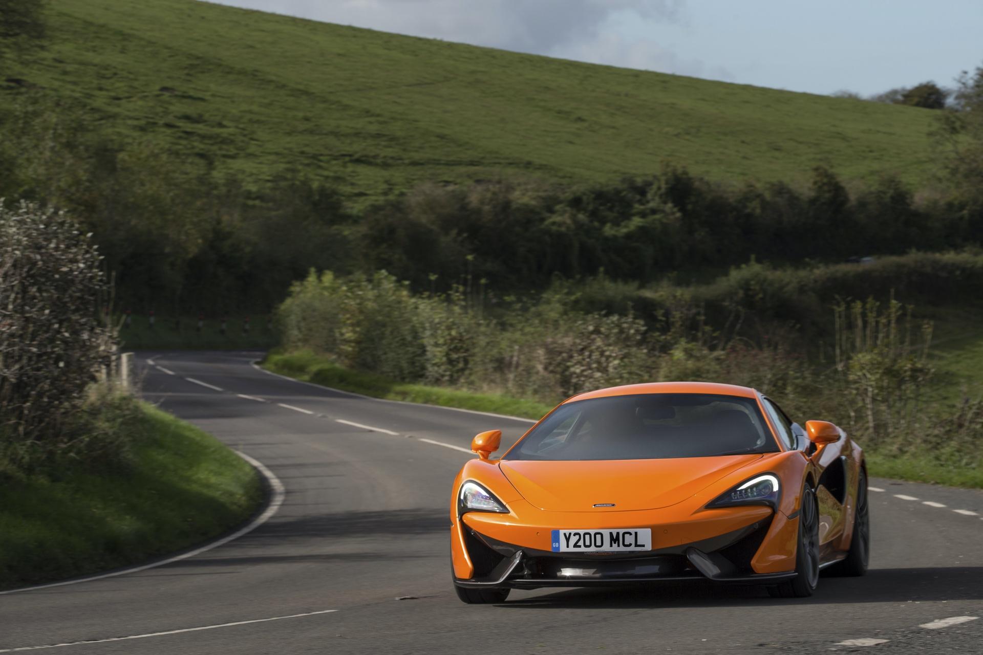 McLaren_Pirelli_winter_0007