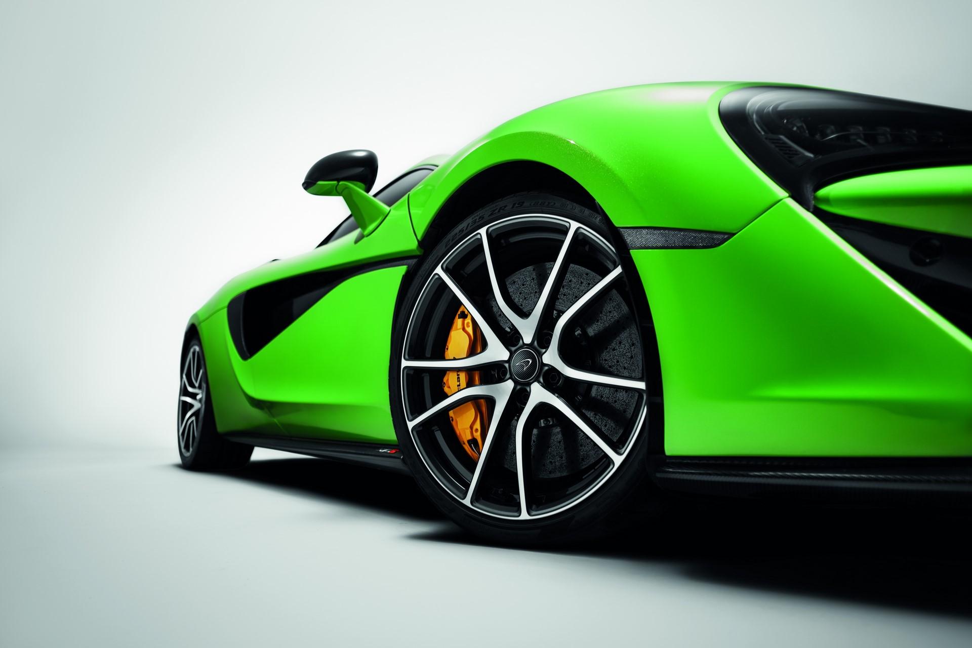 McLaren Sports Series Accessories (1)