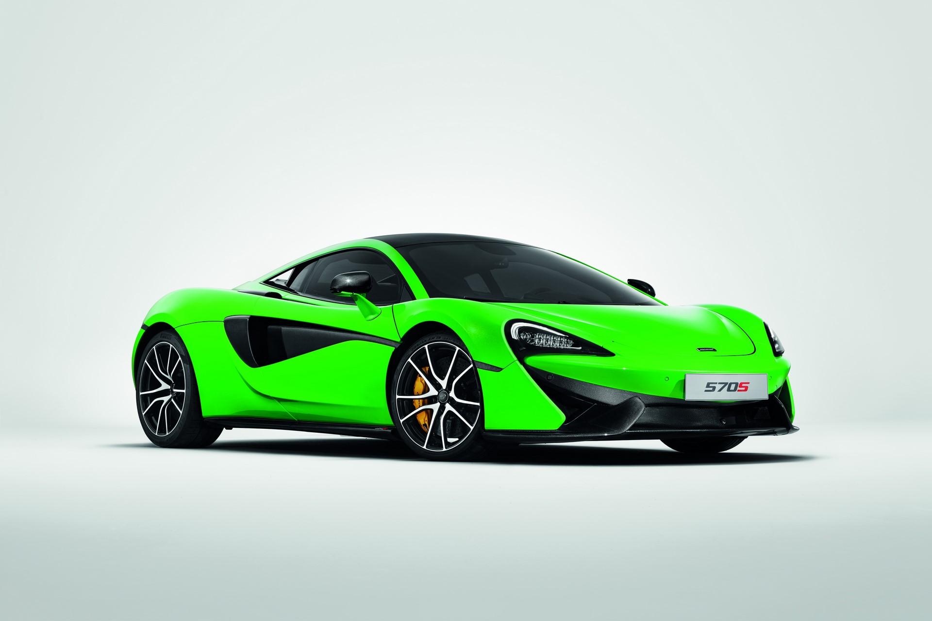 McLaren Sports Series Accessories (2)