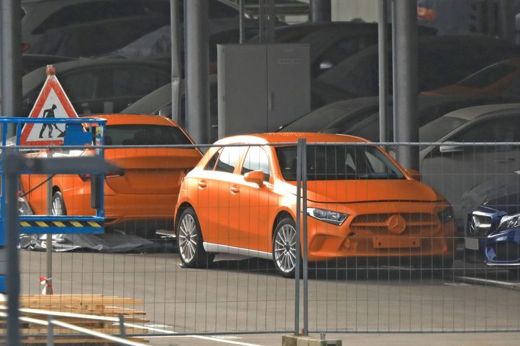 Mercedes A-Class 2018 spy photos (2)