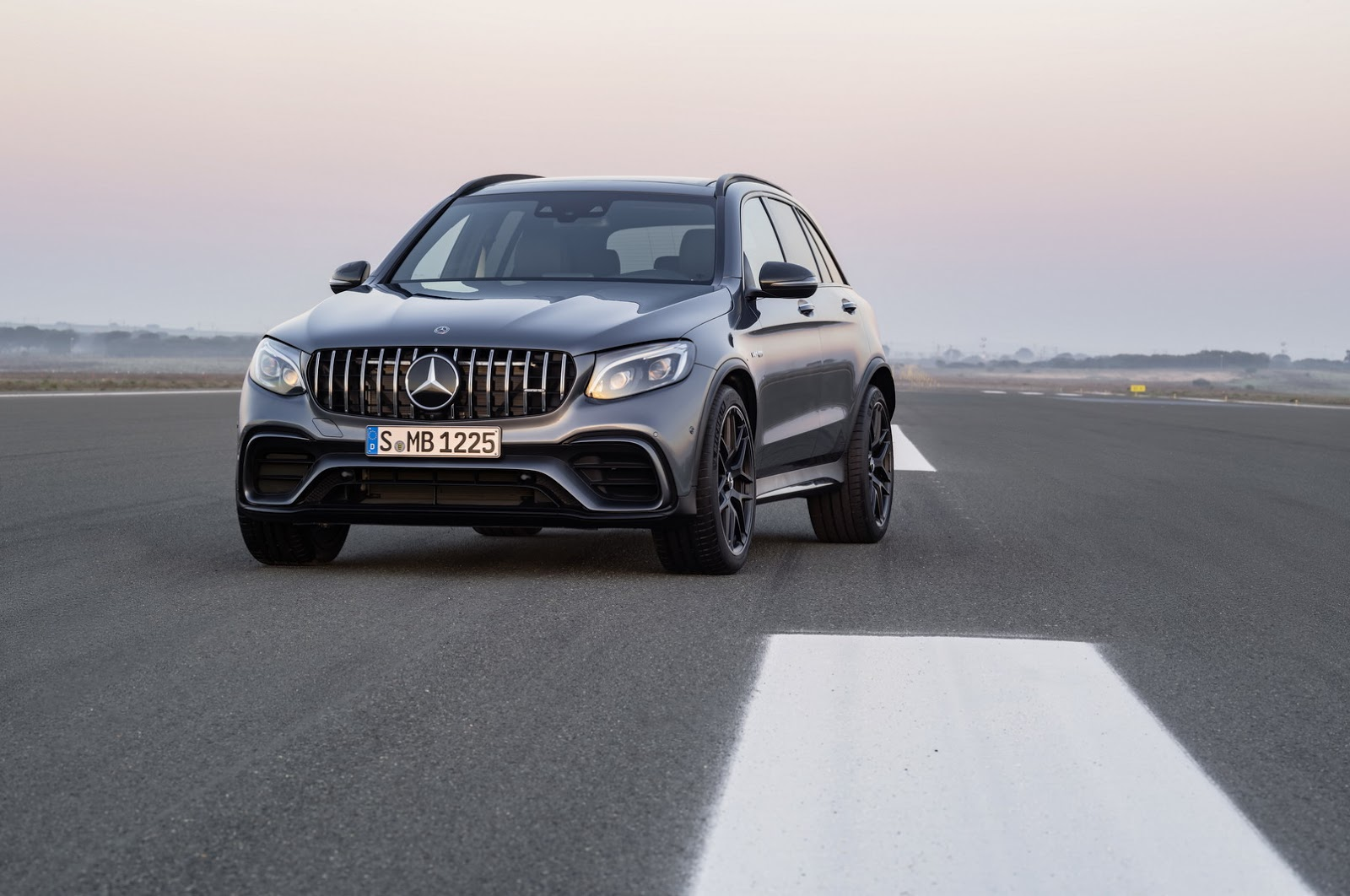 Mercedes-AMG GLC 63 2018 (21)