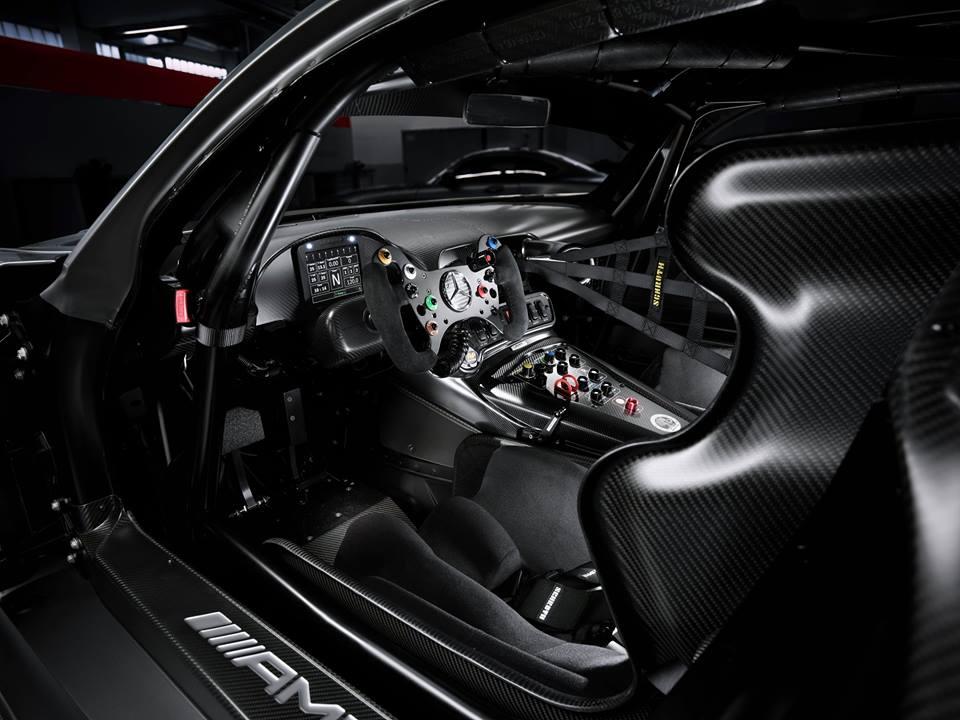 Mercedes-AMG_GT3_Edition_50_03