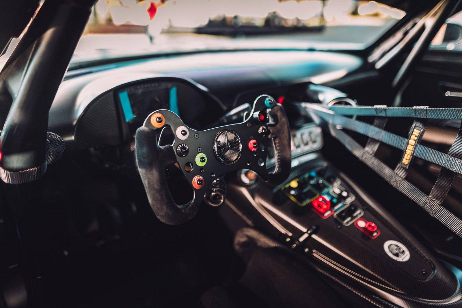 Mercedes-AMG_GT3_Edition_50_05