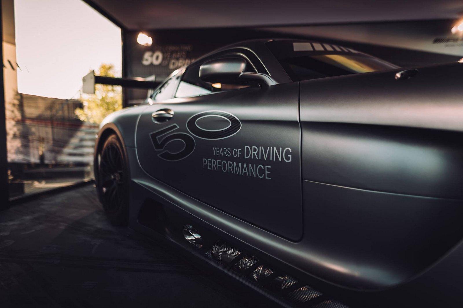 Mercedes-AMG_GT3_Edition_50_06