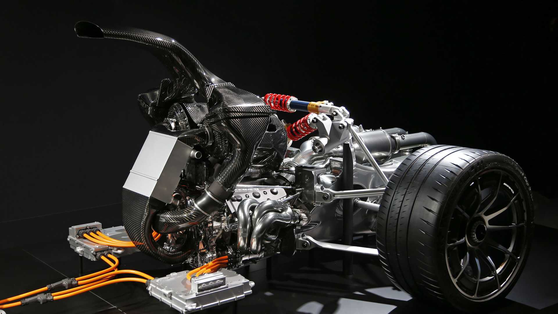 Mercedes_AMG_Project_One_underpinnings_06