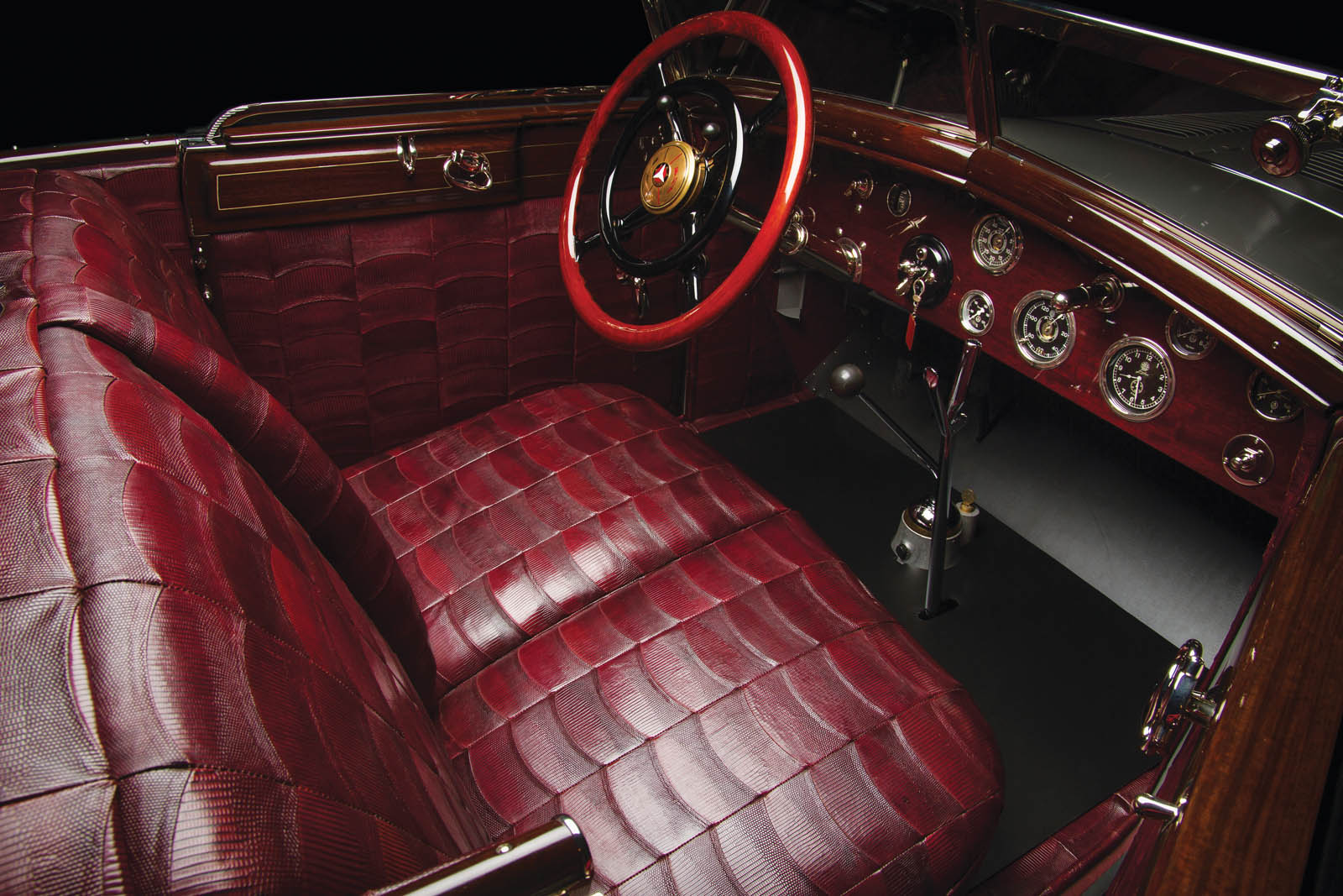Mercedes-Benz 680S Torpedo Roadster 1928 in auction (11)