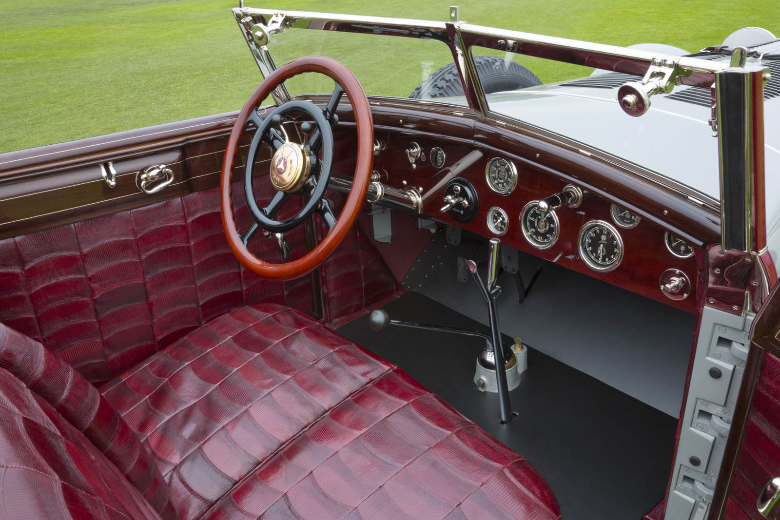 Mercedes-Benz 680S Torpedo Roadster 1928 in auction (3)