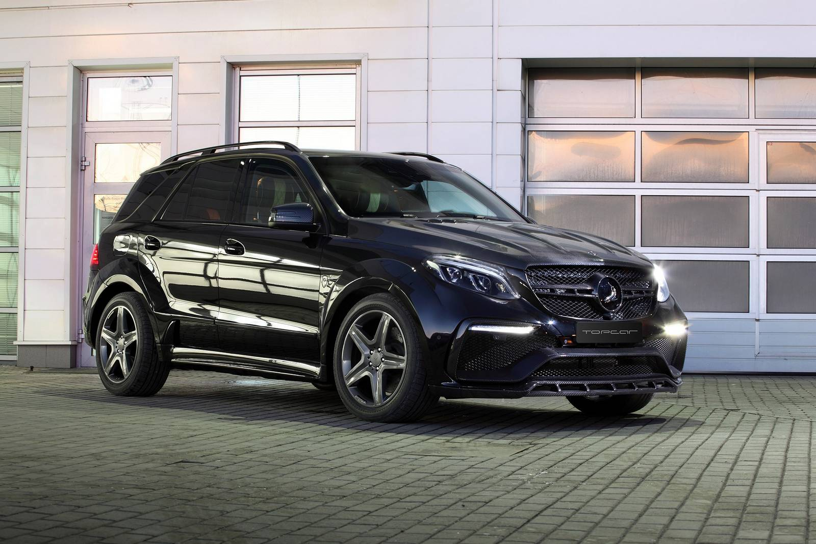 Mercedes-Benz_GLE_63_AMG_Inferno_by_TopCar_01
