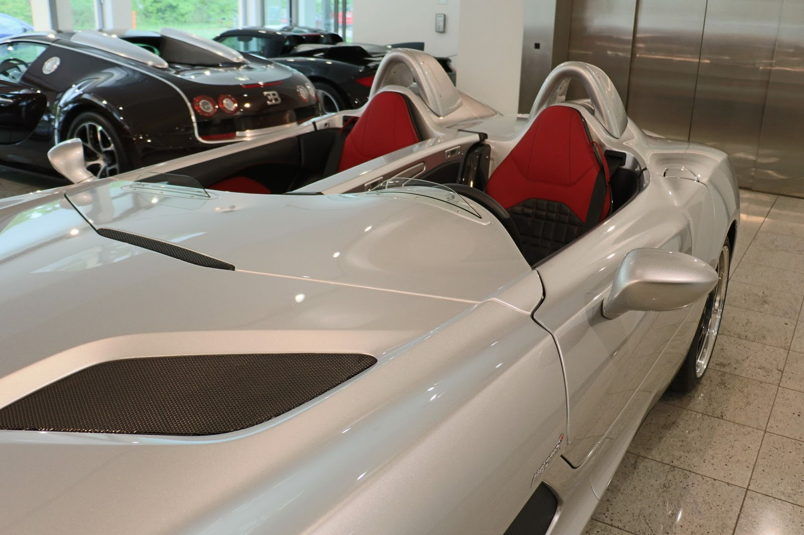 Mercedes-Benz SLR Stirling Moss for sale (10)