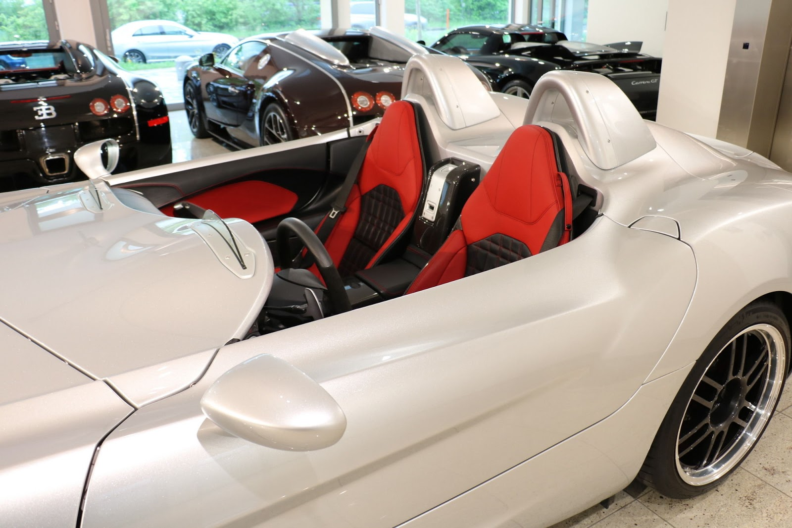 Mercedes-Benz SLR Stirling Moss for sale (11)