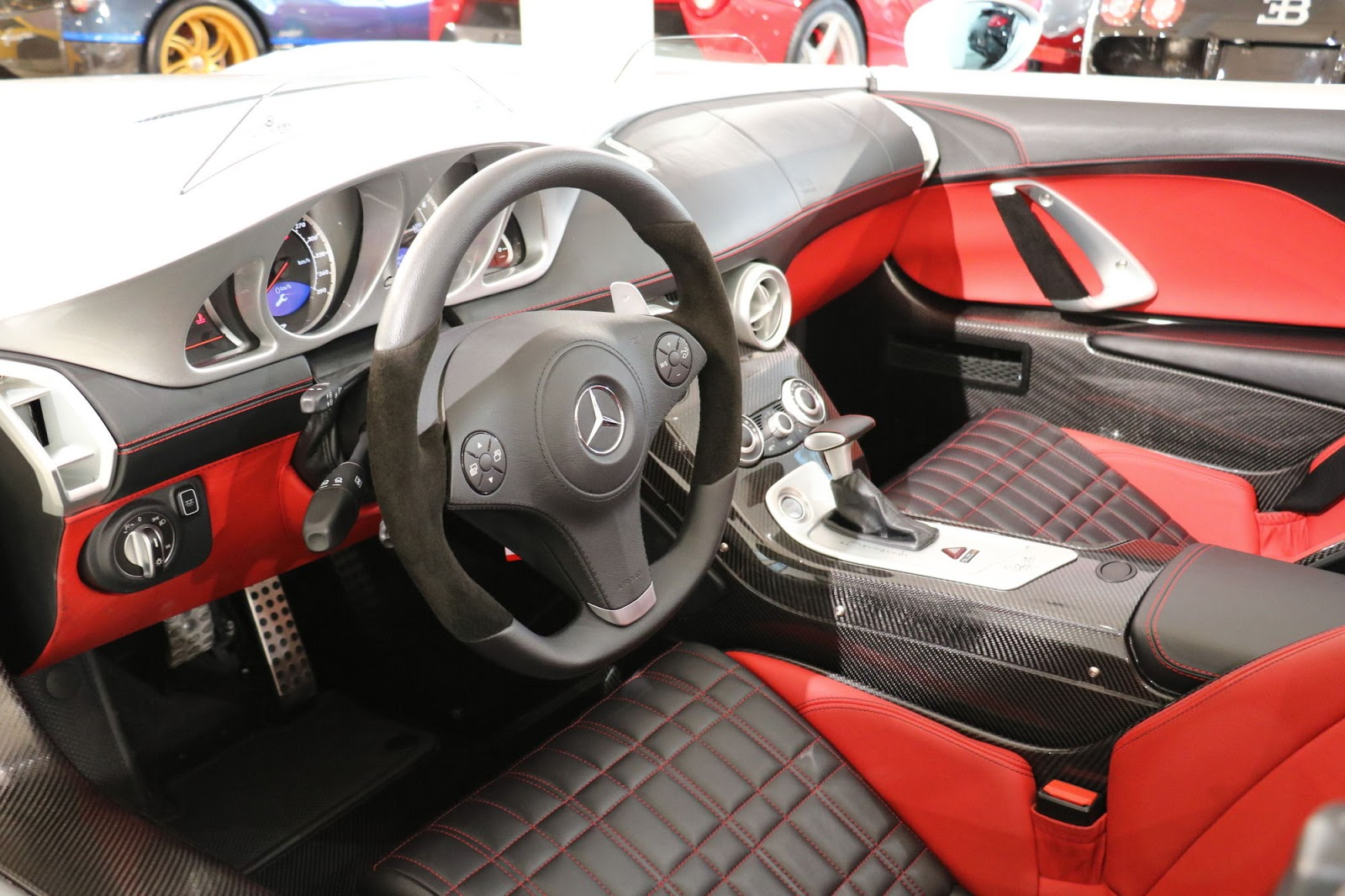 Mercedes-Benz SLR Stirling Moss for sale (12)