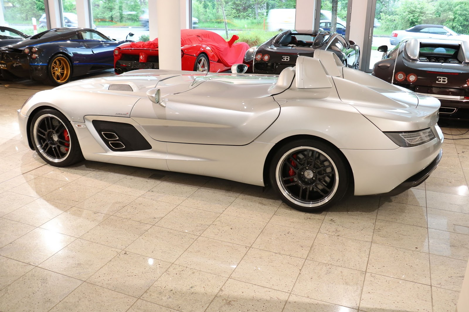 Mercedes-Benz SLR Stirling Moss for sale (5)