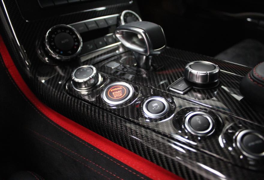 2013_Mercedes-Benz_SLS_AMG_Black_Series_for_sale_01