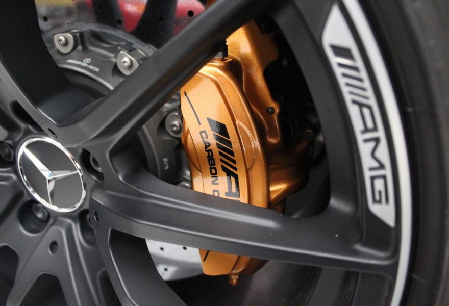 2013_Mercedes-Benz_SLS_AMG_Black_Series_for_sale_03