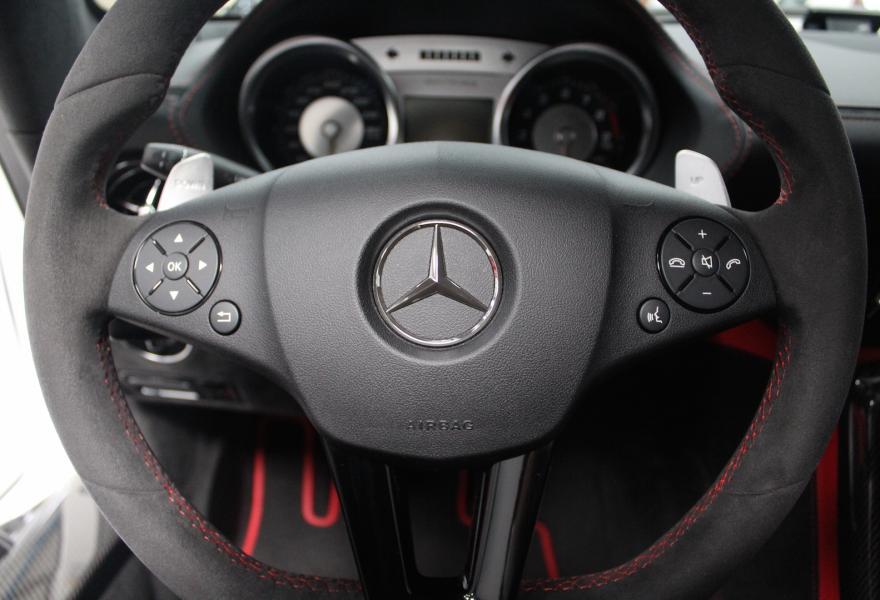 2013_Mercedes-Benz_SLS_AMG_Black_Series_for_sale_04