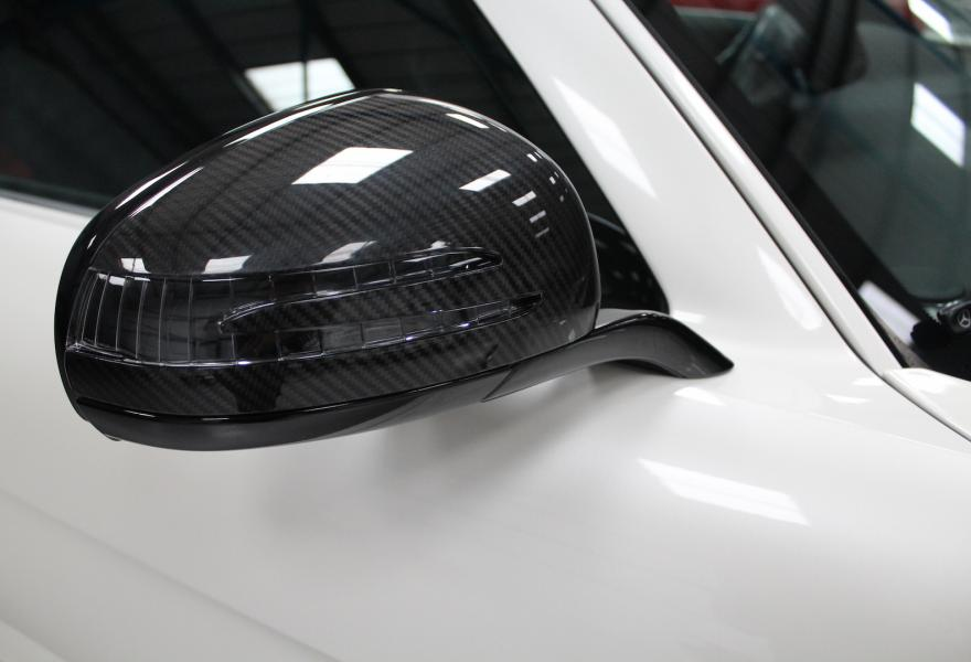 2013_Mercedes-Benz_SLS_AMG_Black_Series_for_sale_05