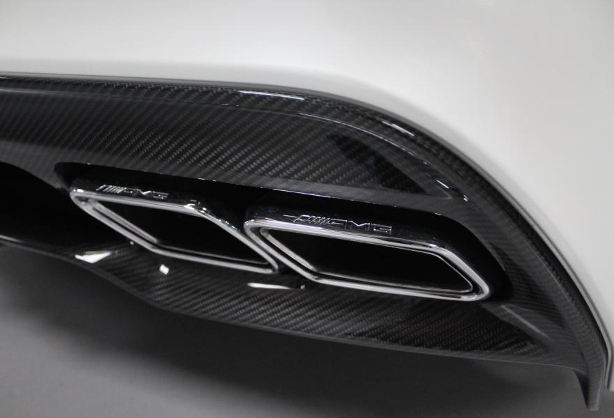 2013_Mercedes-Benz_SLS_AMG_Black_Series_for_sale_06