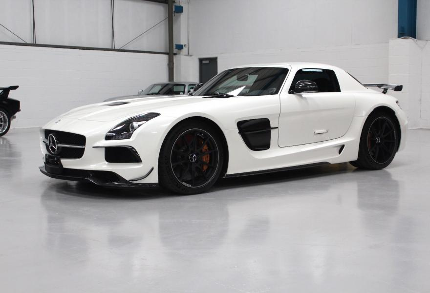 2013_Mercedes-Benz_SLS_AMG_Black_Series_for_sale_08