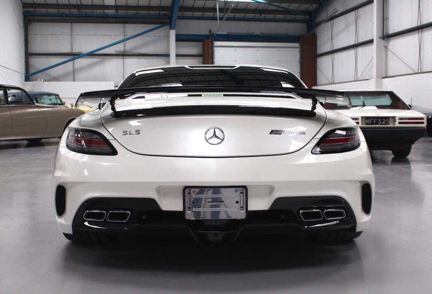 2013_Mercedes-Benz_SLS_AMG_Black_Series_for_sale_10