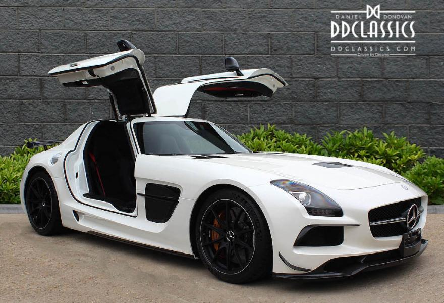 2013_Mercedes-Benz_SLS_AMG_Black_Series_for_sale_13