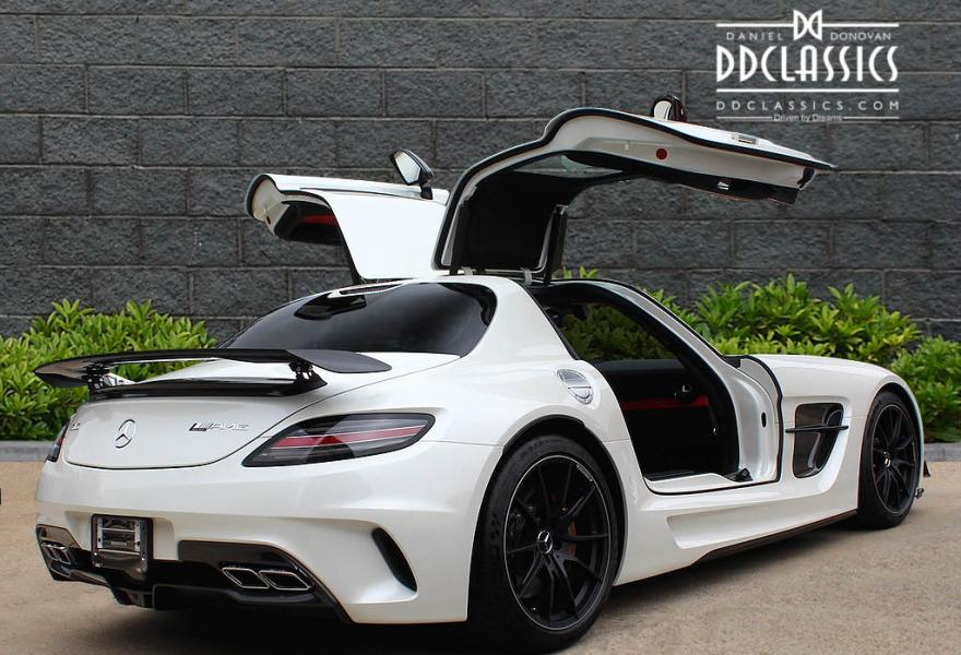 2013_Mercedes-Benz_SLS_AMG_Black_Series_for_sale_14
