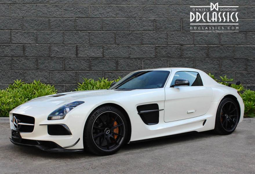 2013_Mercedes-Benz_SLS_AMG_Black_Series_for_sale_24