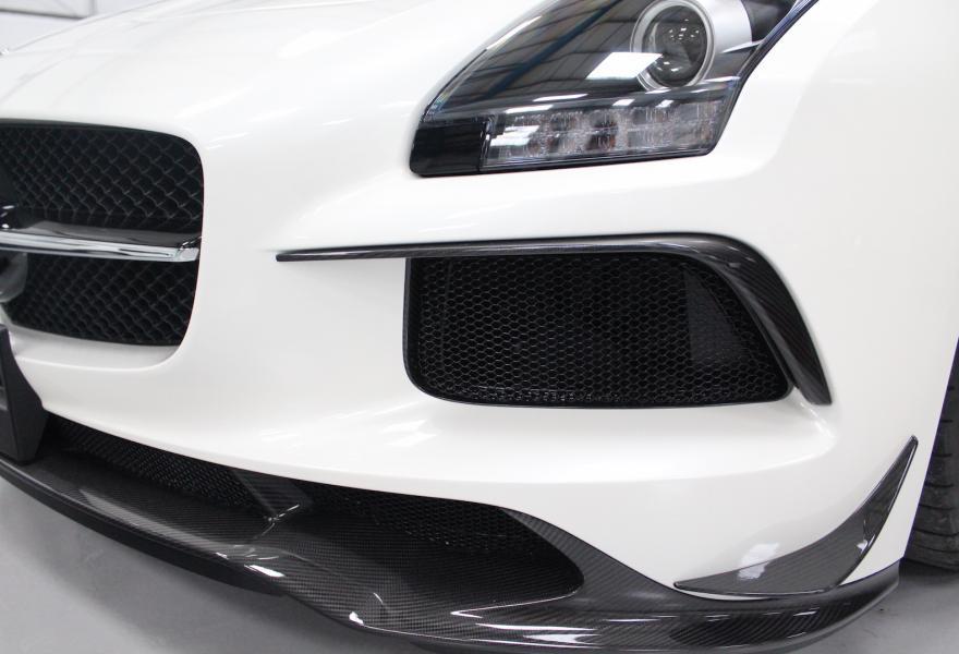 2013_Mercedes-Benz_SLS_AMG_Black_Series_for_sale_27