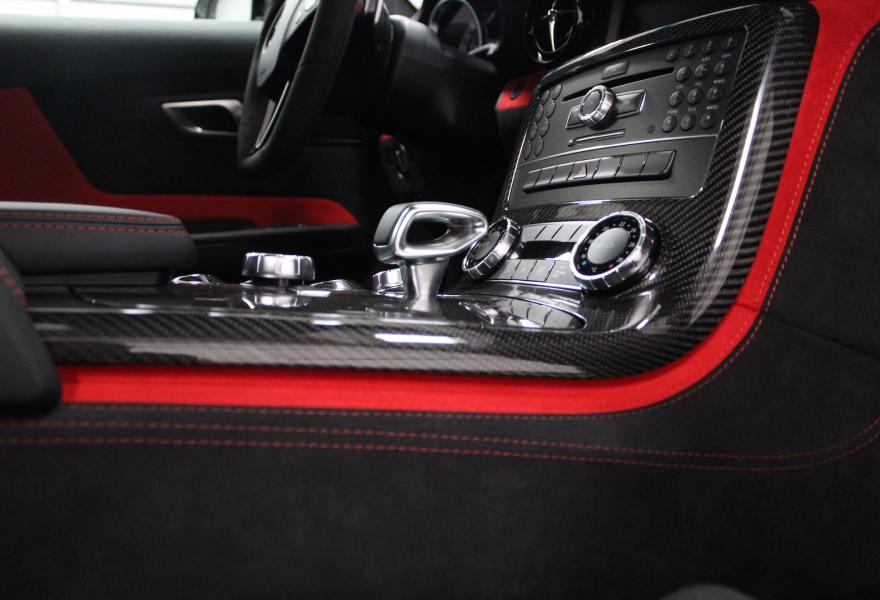 2013_Mercedes-Benz_SLS_AMG_Black_Series_for_sale_30