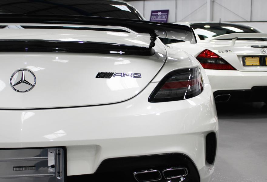 2013_Mercedes-Benz_SLS_AMG_Black_Series_for_sale_33