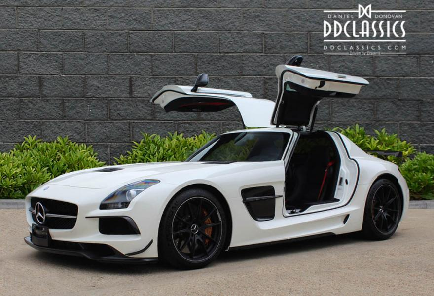 2013_Mercedes-Benz_SLS_AMG_Black_Series_for_sale_34