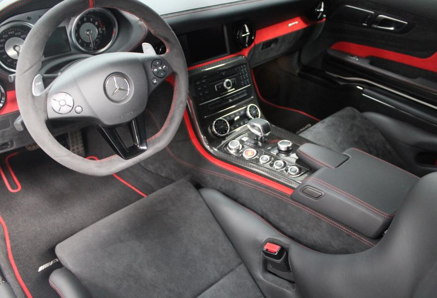 2013_Mercedes-Benz_SLS_AMG_Black_Series_for_sale_39