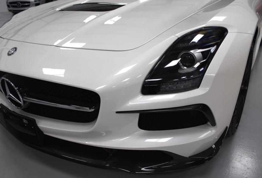 2013_Mercedes-Benz_SLS_AMG_Black_Series_for_sale_41