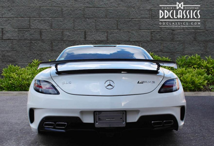 2013_Mercedes-Benz_SLS_AMG_Black_Series_for_sale_42