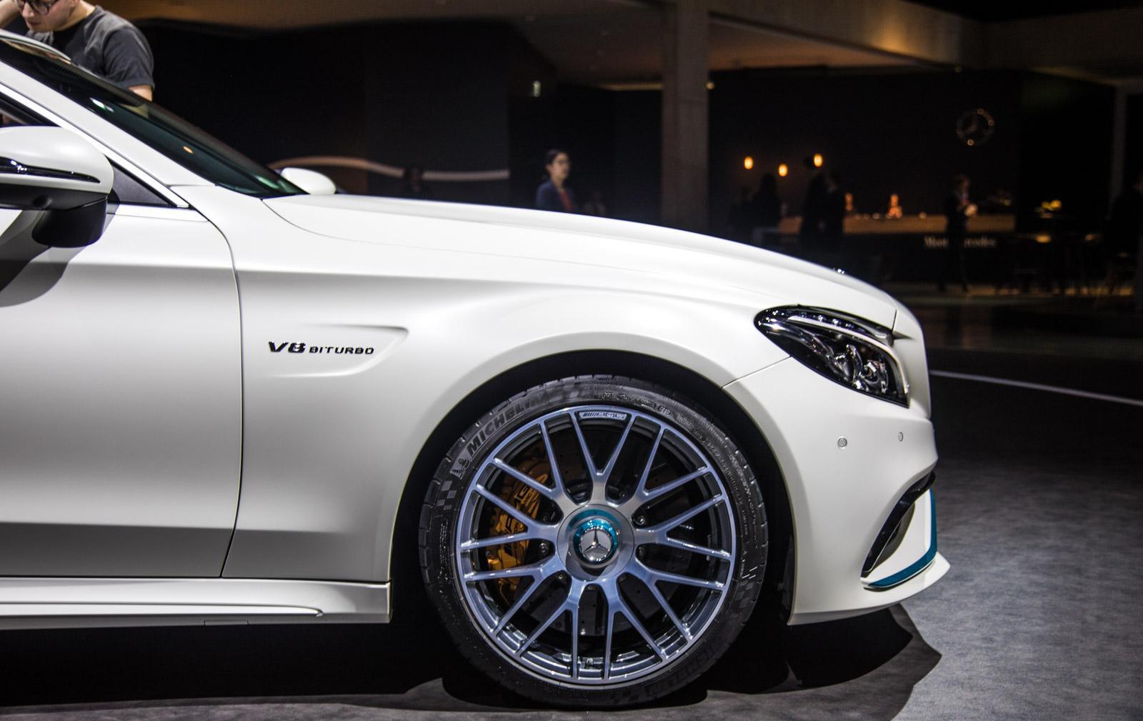 Mercedes_C63_Ocean_Blue_Edition_005