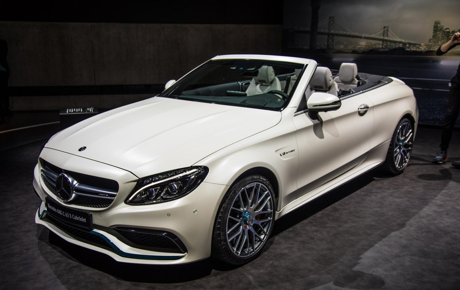 Mercedes_C63_Ocean_Blue_Edition_006