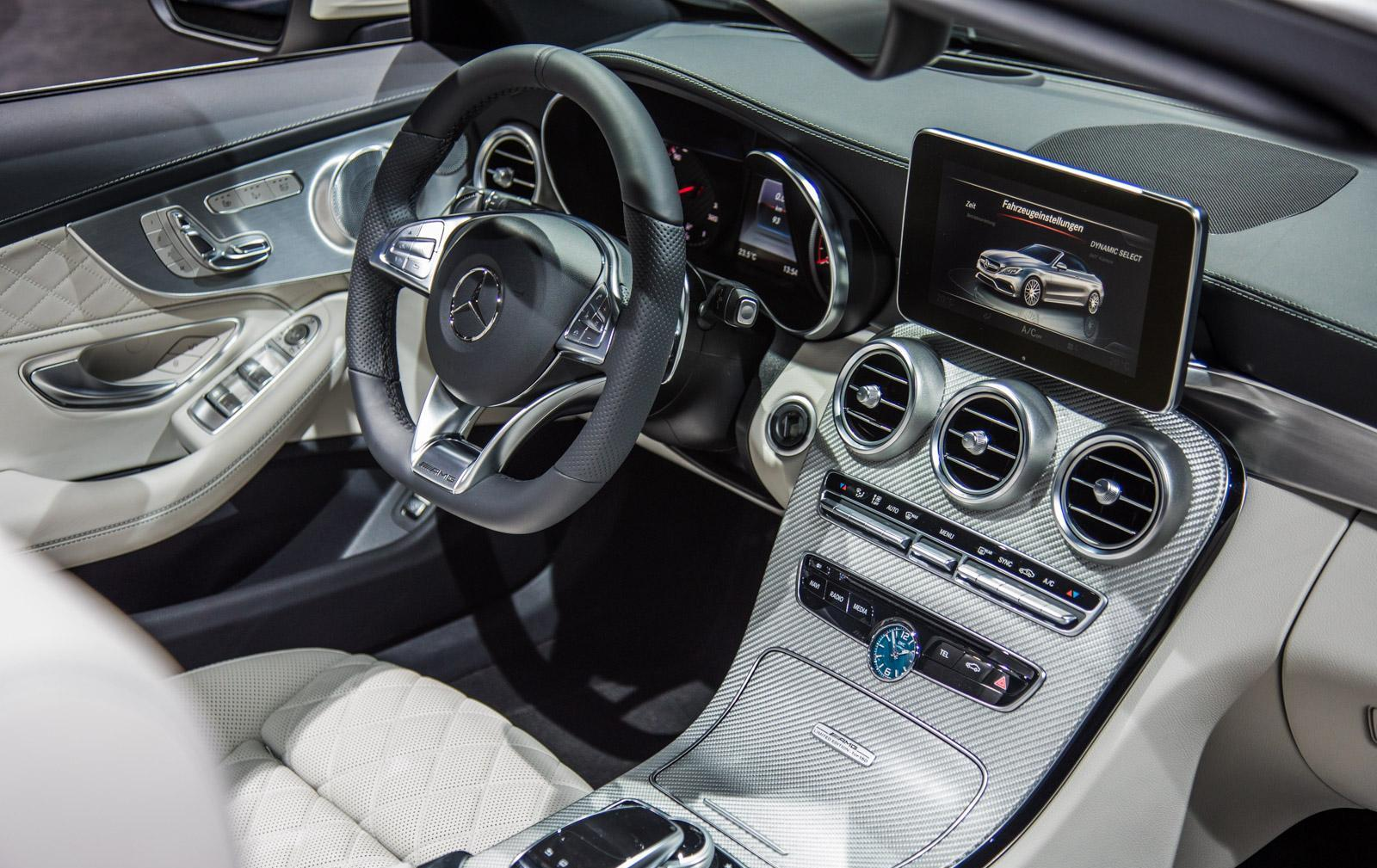Mercedes_C63_Ocean_Blue_Edition_008