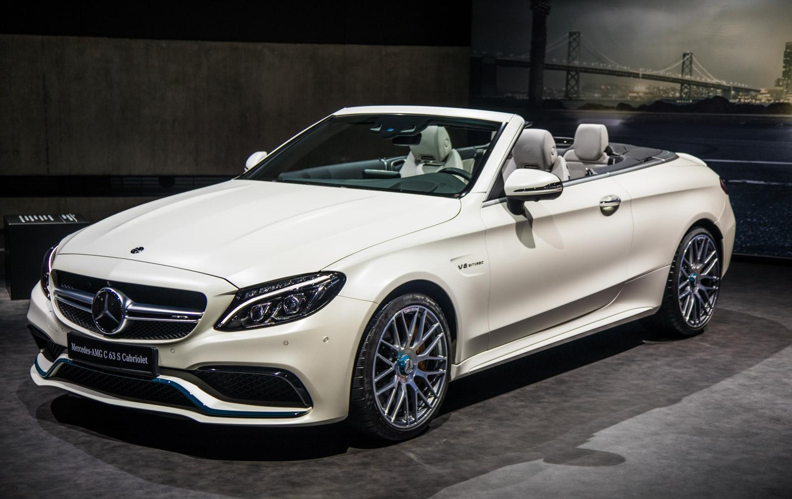 Mercedes_C63_Ocean_Blue_Edition_016