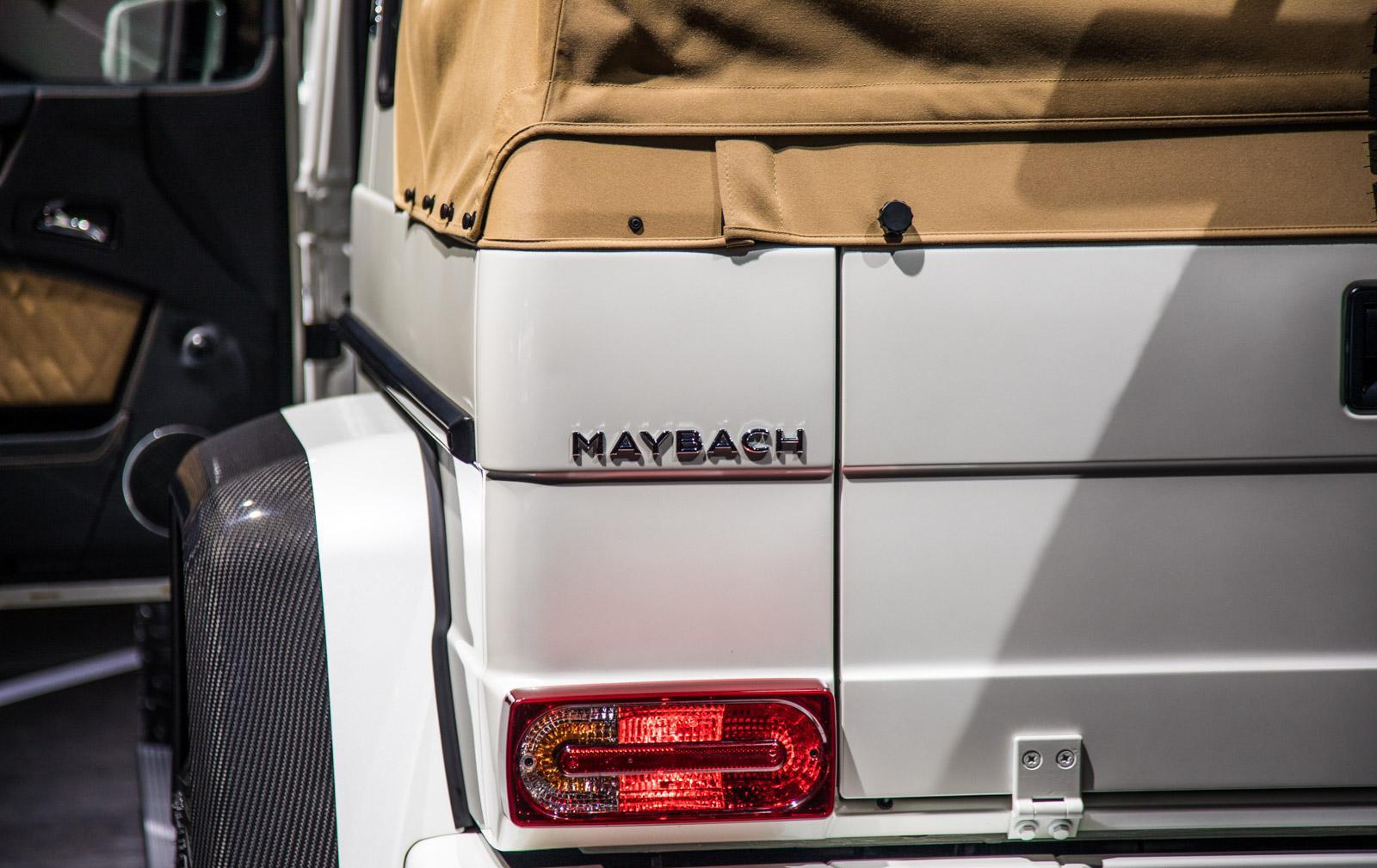 Mercedes_Maybach_G_650_Landaulet_016