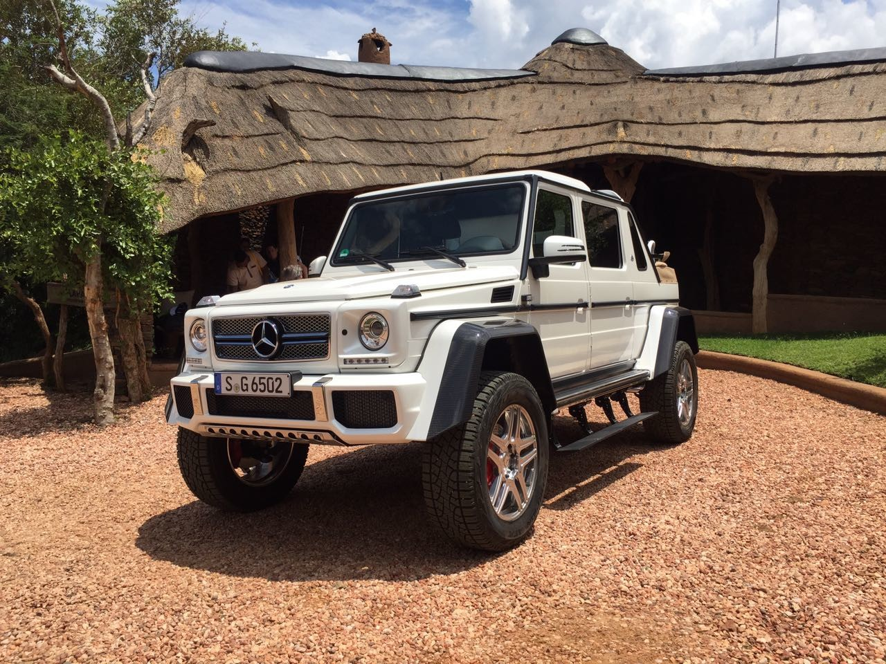 Mercedes-Maybach_G650_Landaulet_06