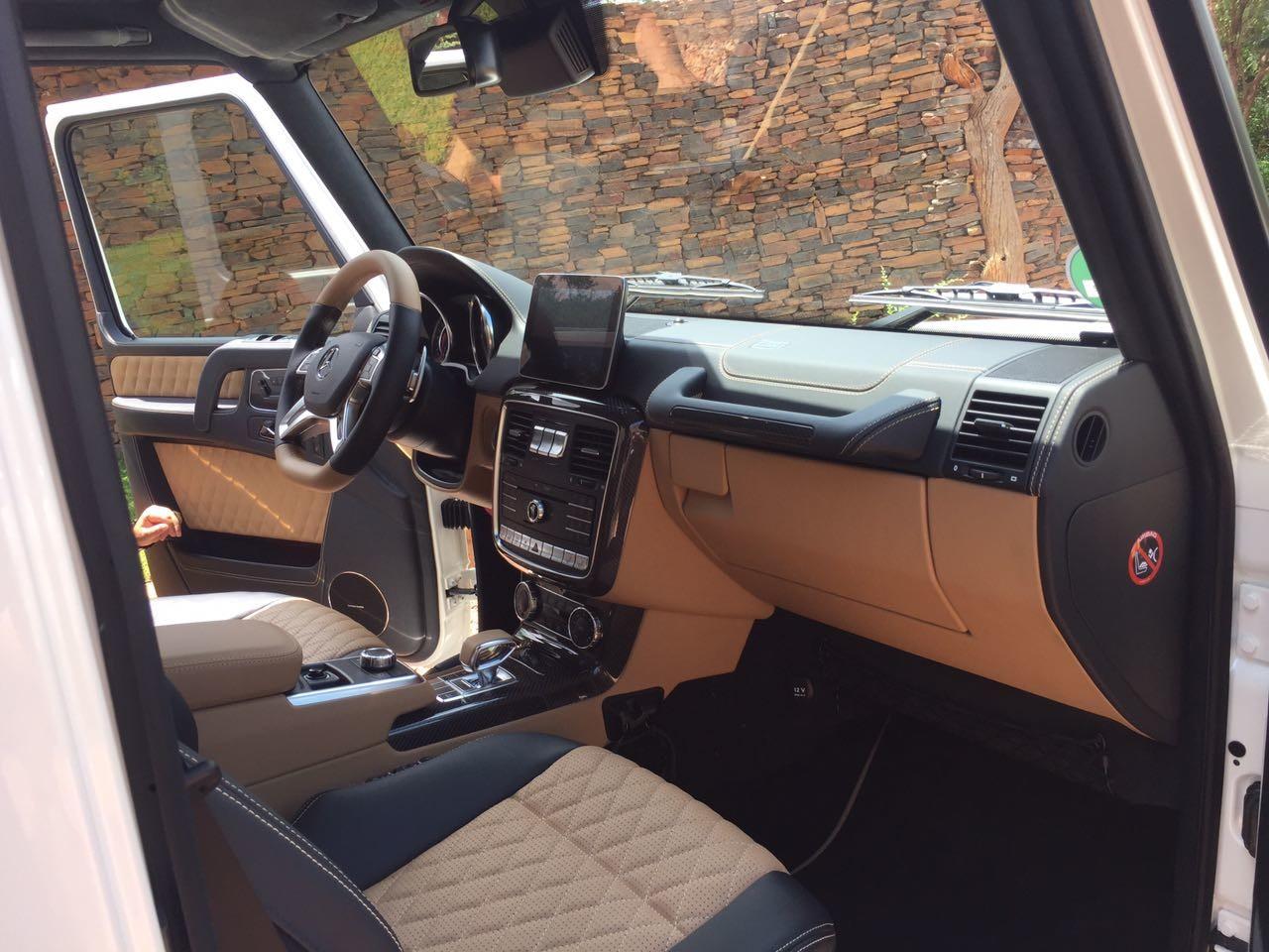 Mercedes-Maybach_G650_Landaulet_12
