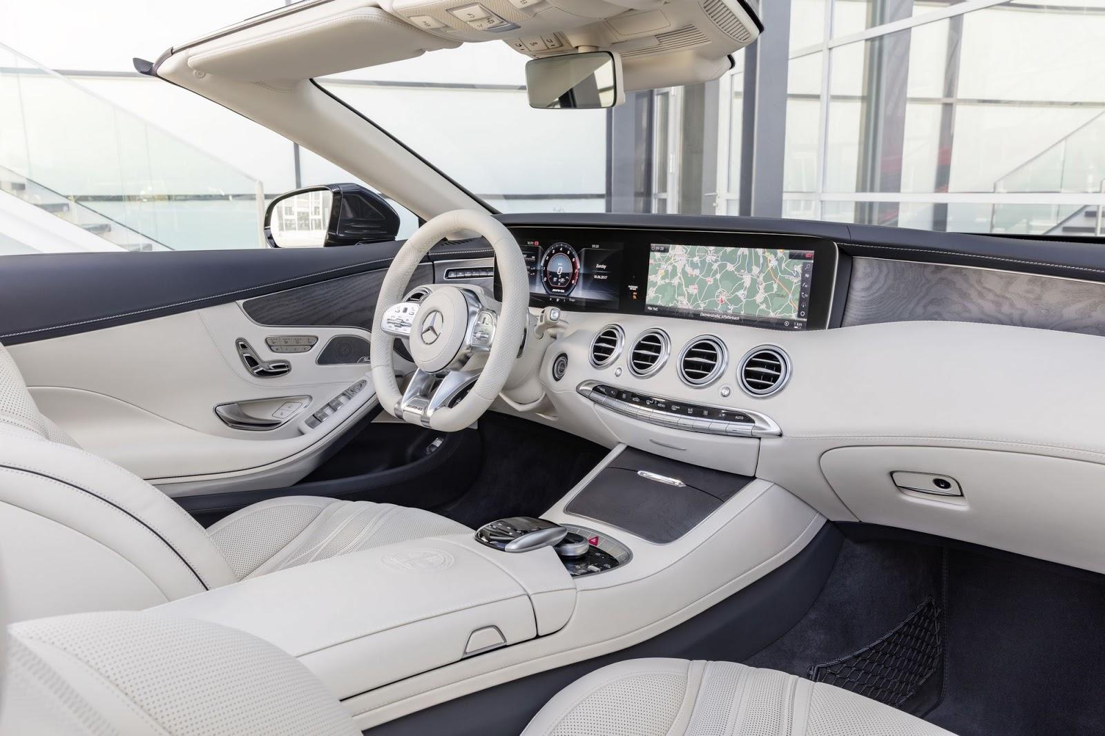 Mercedes-AMG S 65 Cabriolet, 2017. Interieur: designo Leder Exklusiv Nappa AMG porzellan/tiefseeblau. Exterieur: anthrazitblau metallic;Kraftstoffverbrauch kombiniert: 12,0 l/100 km; CO2-Emissionen kombiniert: 272 g/km*Mercedes-AMG S 65 Cabriolet, 2017. nterior: designo leather exclusive nappa AMG porcelain/ deep-sea blue.  Exterior: anthracite blue metallic;Fuel consumption combined: 12.0 l/100 km; CO2 emissions combined: 272 g/km*