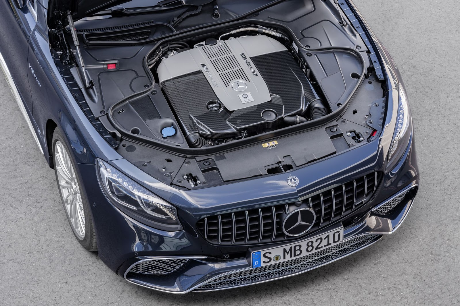 Mercedes-AMG S 65 Cabriolet, 2017. Exterieur: anthrazitblau metallic, Motor;Kraftstoffverbrauch kombiniert: 12,0 l/100 km; CO2-Emissionen kombiniert: 272 g/km*