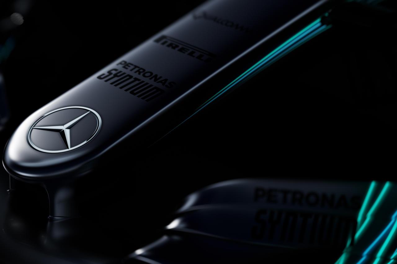 Mercedes_W08_teaser_01