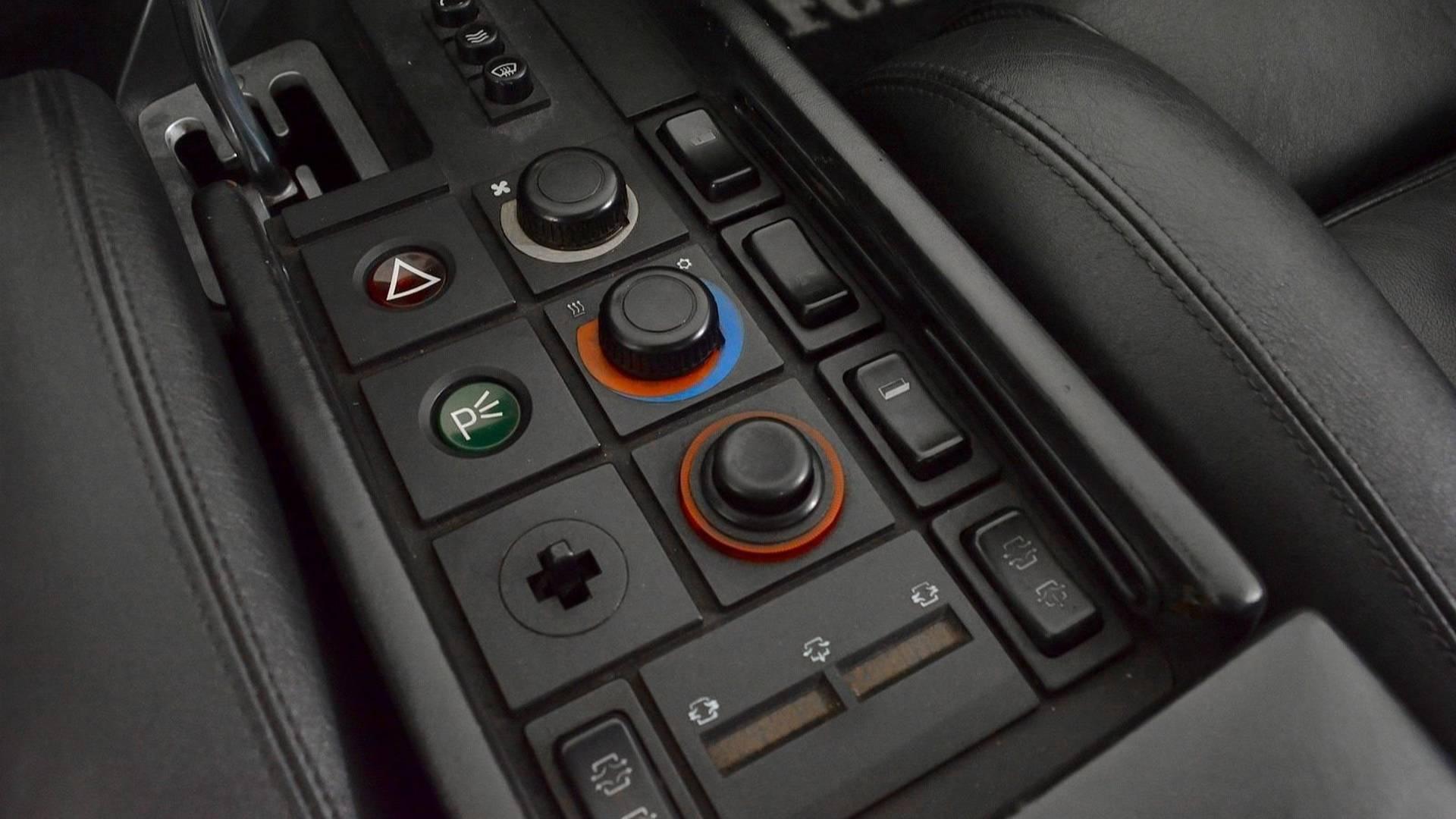 1986-ferrari-testarossa-convertible (23)
