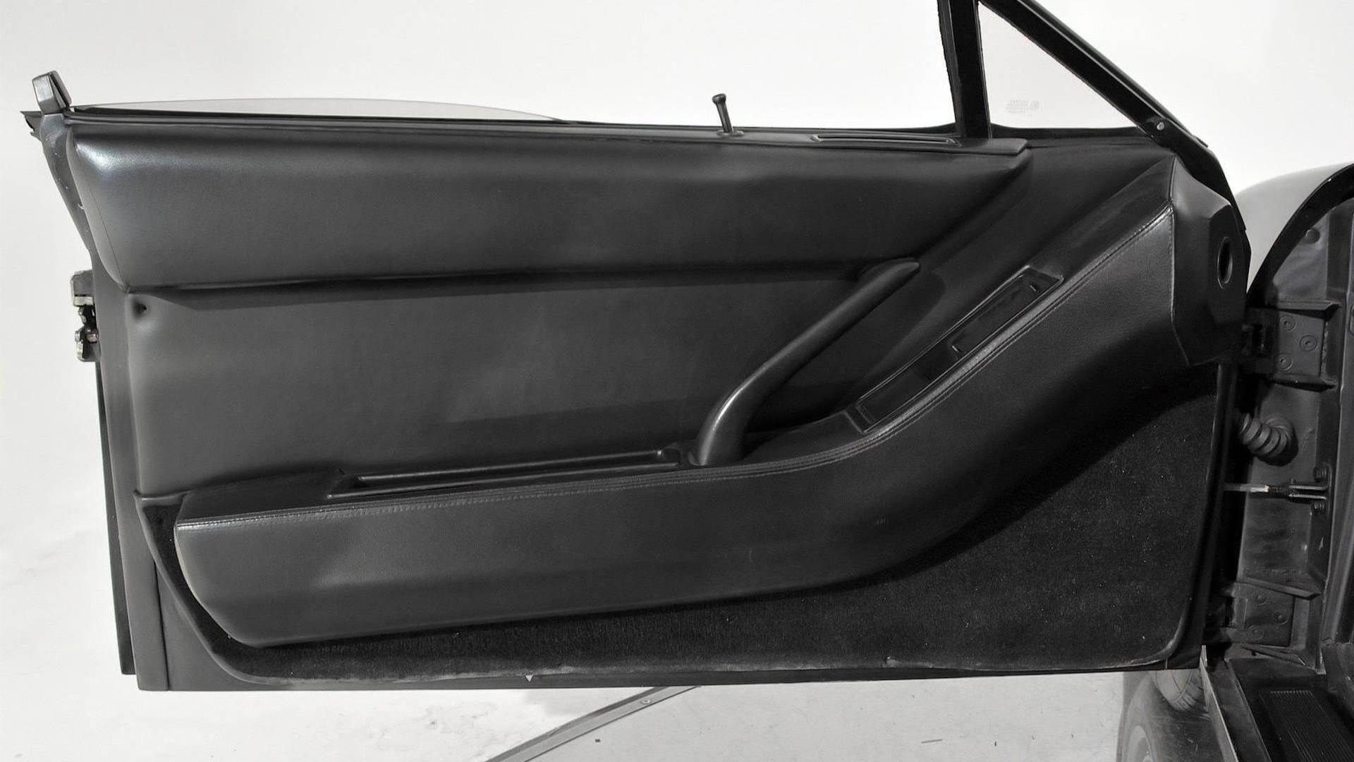 1986-ferrari-testarossa-convertible (25)